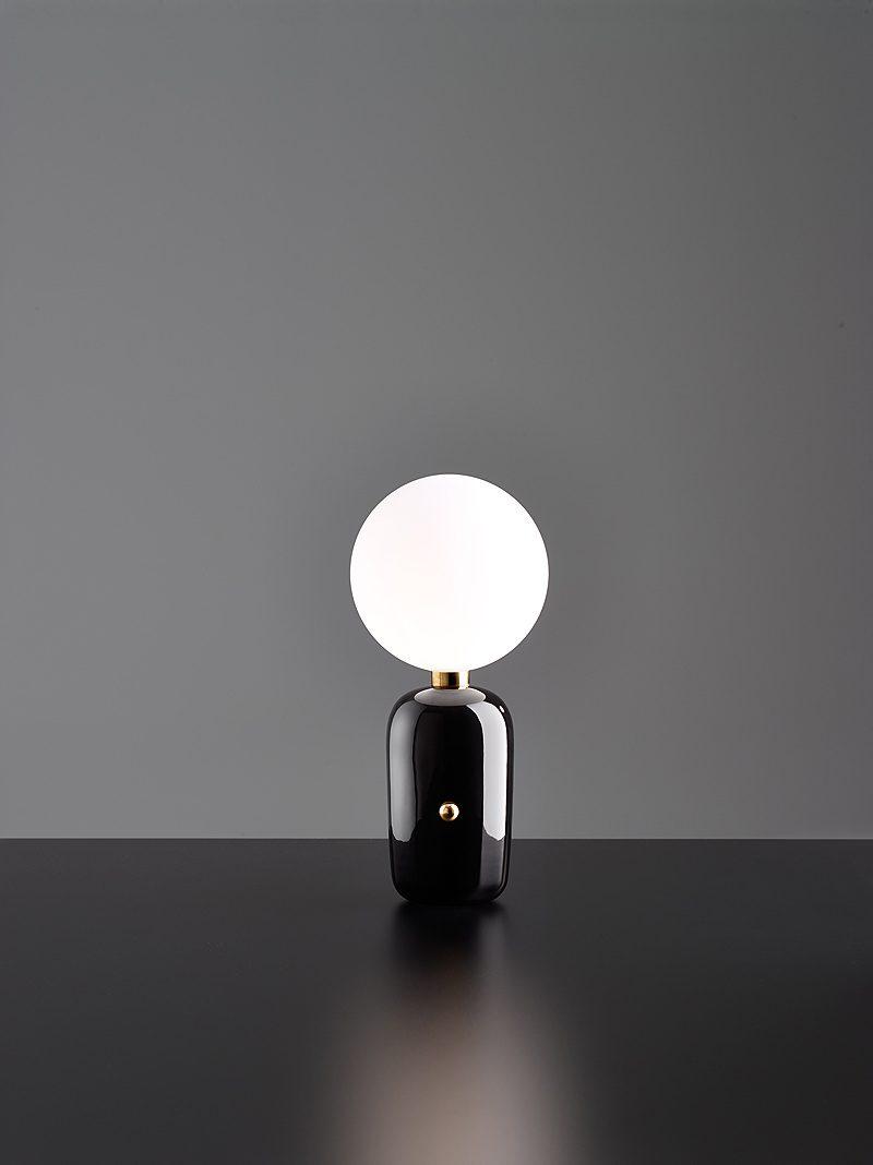 Aballs M, una lámpara de Jaime Hayón. Diseño español
