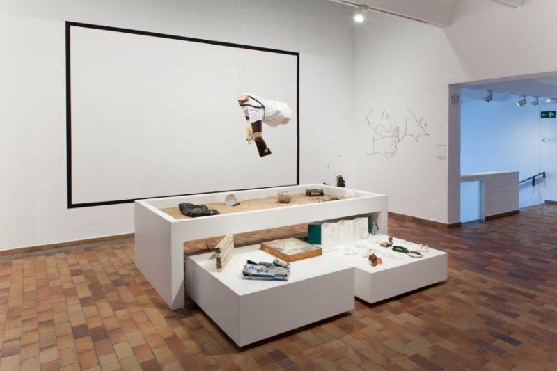 Autogestión, genealogía de artistas en la Fundación Joan Miró