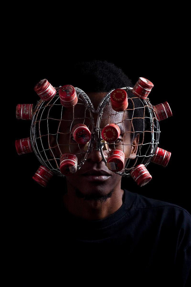 C-Stunners, la colección de gafas escultóricas de Cyrus Kabiru