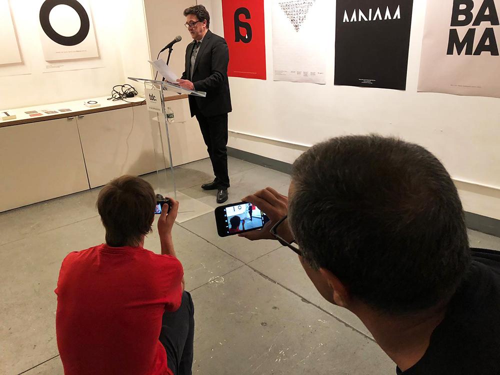Painting with Letters: exposición de Manuel Estrada en el Type Directors Club