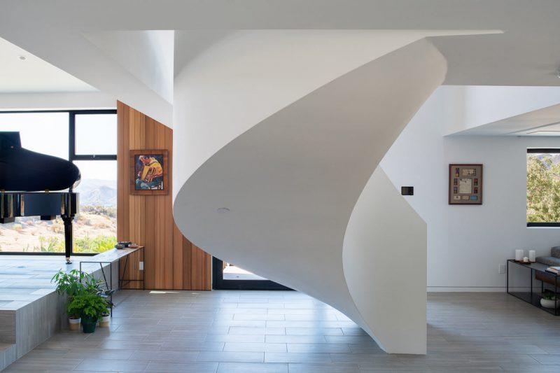 Residencia Saddle Peak, de Aux Architecture. © Grant Mudford