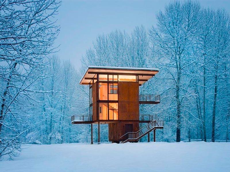 Delta Shelter, el refugio de montaña vertical y compacto de Tom Kundig
