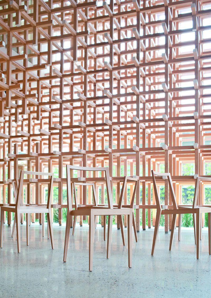 Kengo Kuma. Furniture that blends into the surroundings
