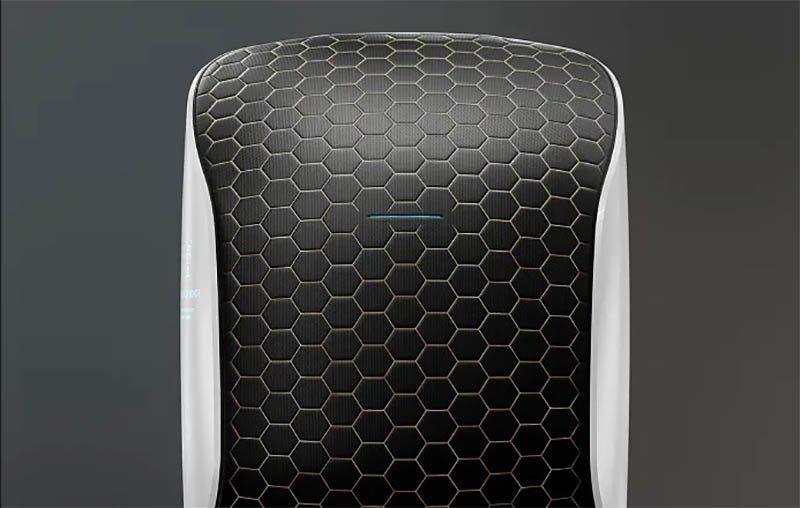 Horizn ONE, la maleta inteligente para viajes al espacio. En colaboración con la astronauta más joven del mundo