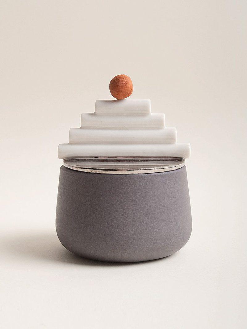 Sculptural Series: arte y funcionalidad se unen en la porcelana de Laura Itkonen