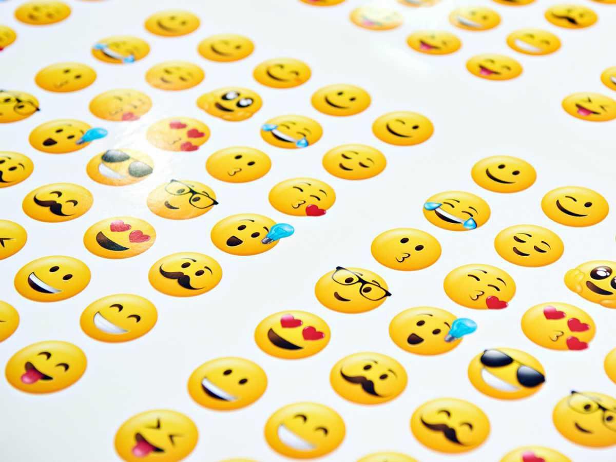 A 20 años de su creación, Fundéu BBVA elige a los emojis como la palabra del año