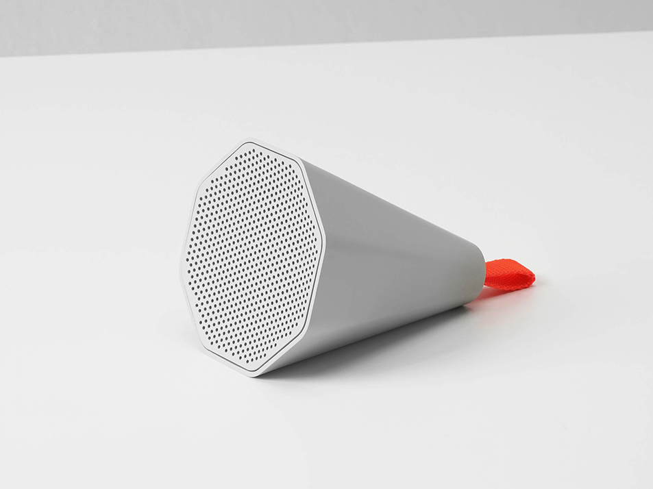 Cone, el altavoz minimalista de SF-SO. La acuciante necesidad de domesticar la tecnología