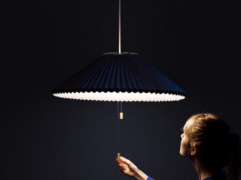 Méduse: lámpara de suspensión de Lukas Bazle. El diseño se alimenta de diseño