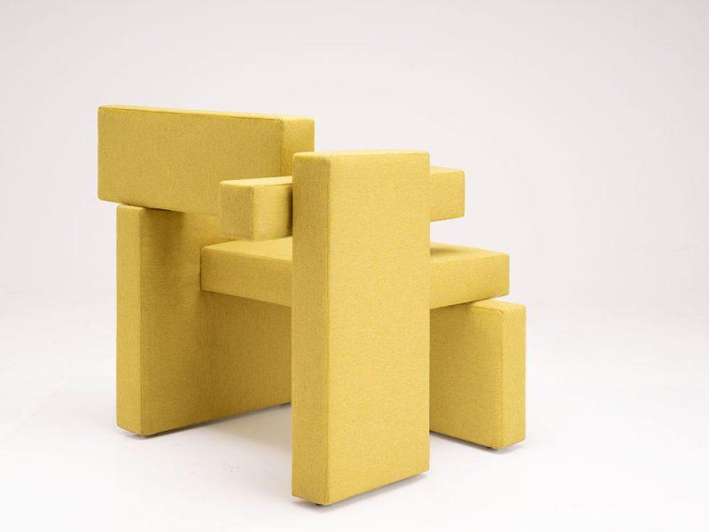 Sivak+Partners celebra la asimetría con su nuevo sillón