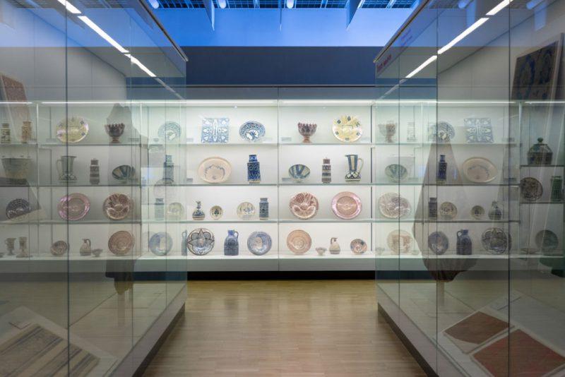 Colecciones de artes decorativas en el Museo del Diseño de Barcelona
