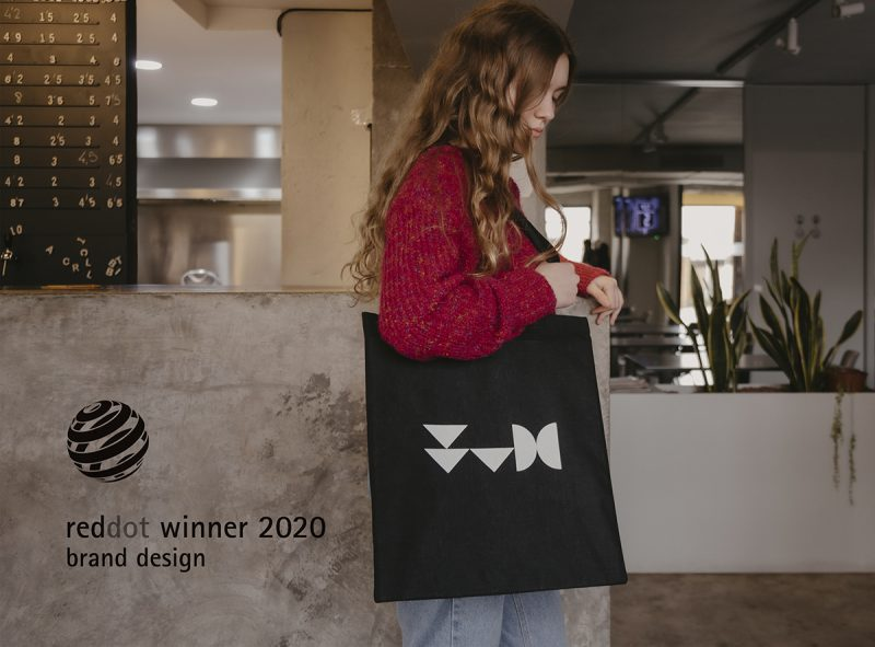 La identidad visual de València Capital Mundial del Diseño en 2022 premiada en los Red Dot Design Awards