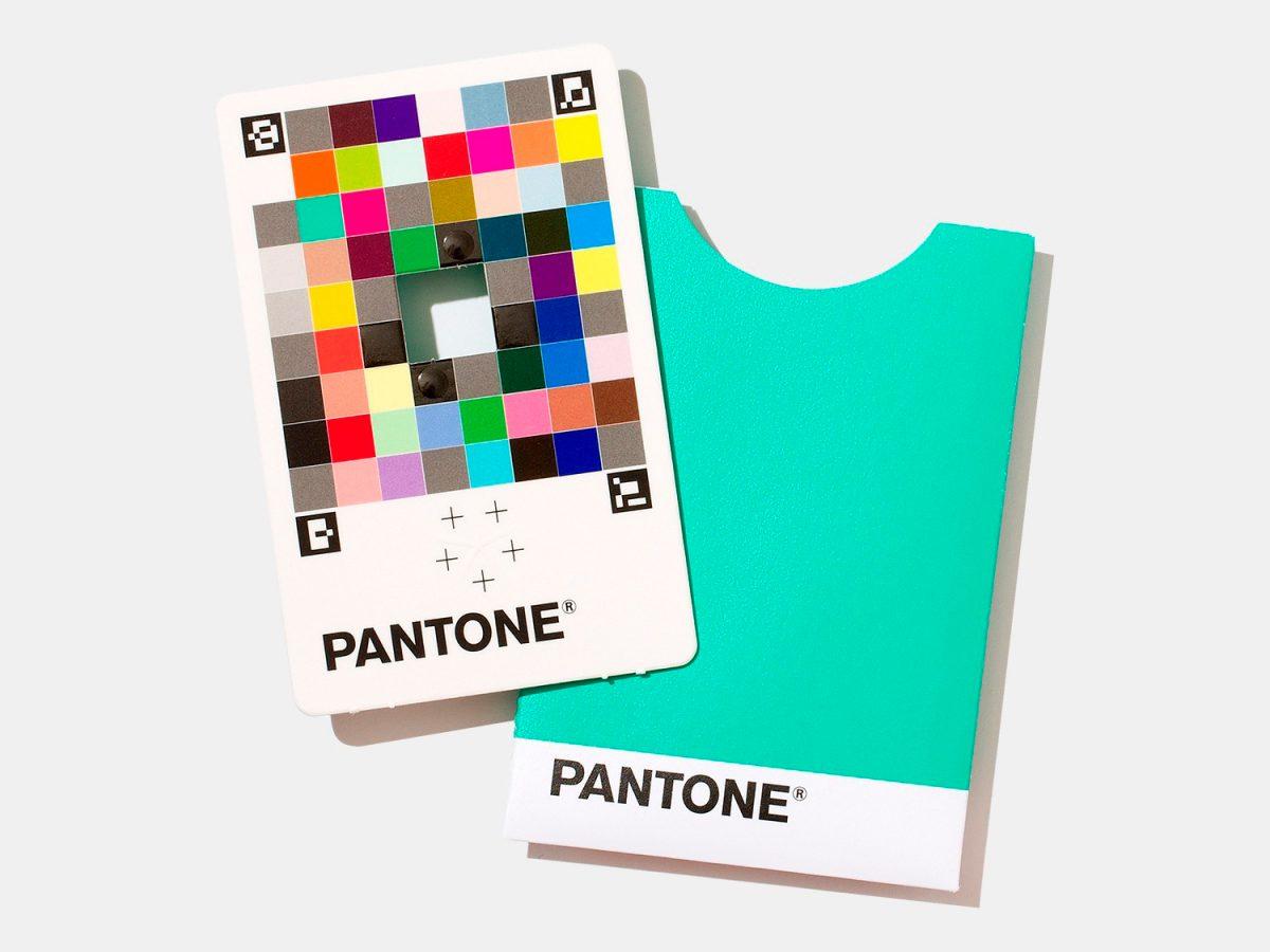 Pantone Color Match Card y cómo llevarnos los colores del mundo real al mundo digital