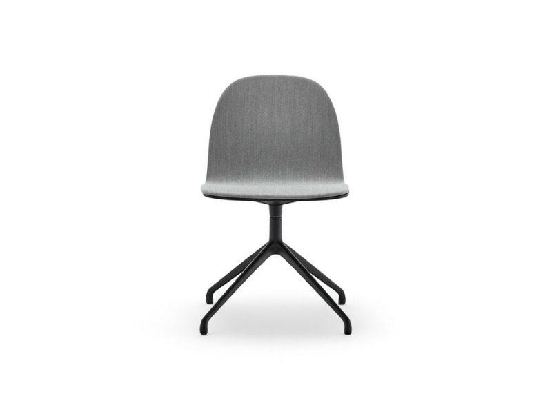 Terra, la colección de asientos de Isaac Piñeiro para Omelette. La sobriedad del buen diseño