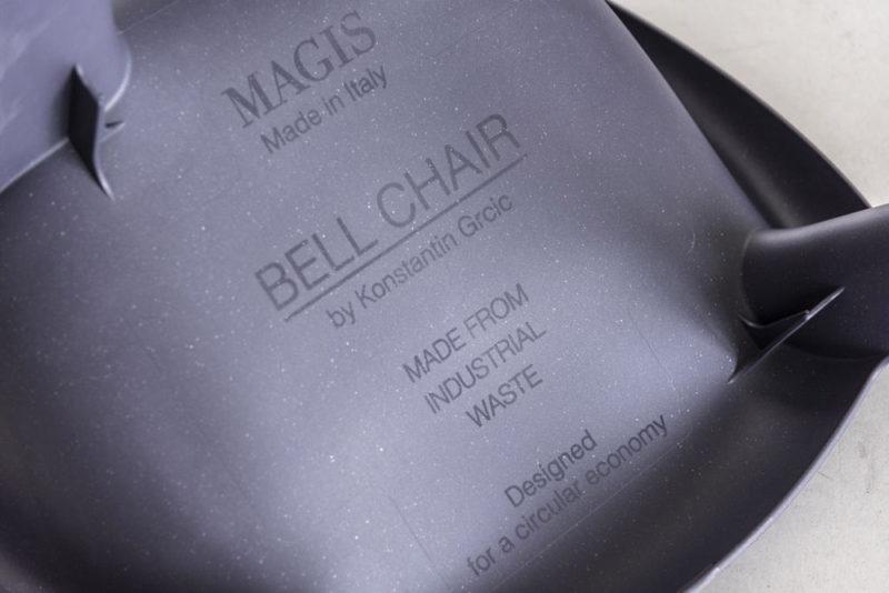 Konstantin Grcic repiensa las tradicionales sillas de plástico monobloc