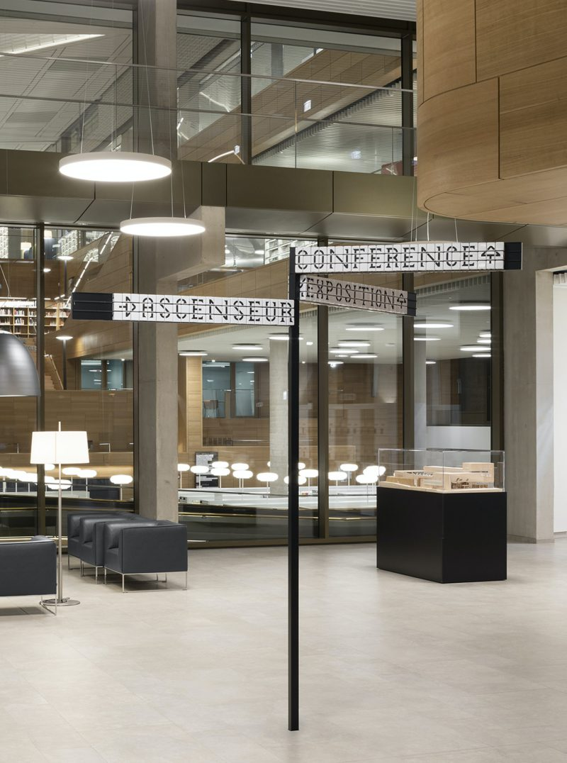 Pentagram crea la señalética de la Biblioteca Nacional de Luxemburgo