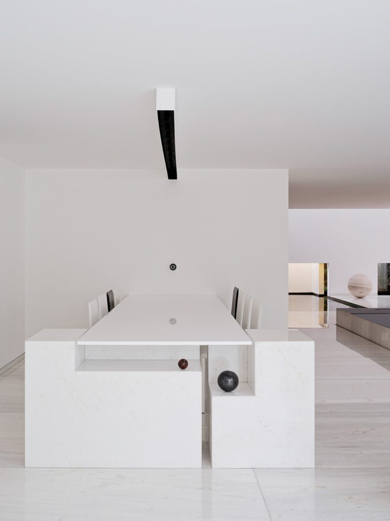 Rombo IV, el complejo residencial de Miguel Ángel Aragonés. © Joe Fletcher