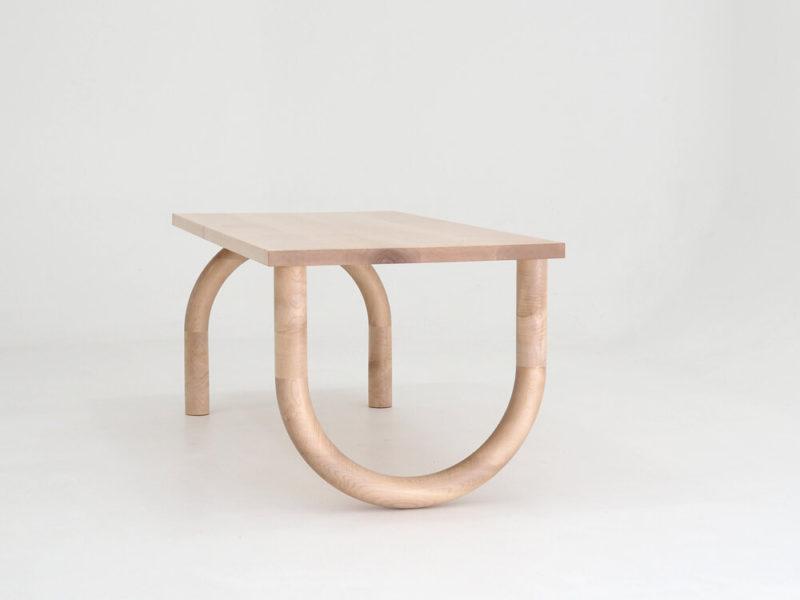 Cousins y Kim, las mesas de Forge Creative. Madera, geometría e inspiración