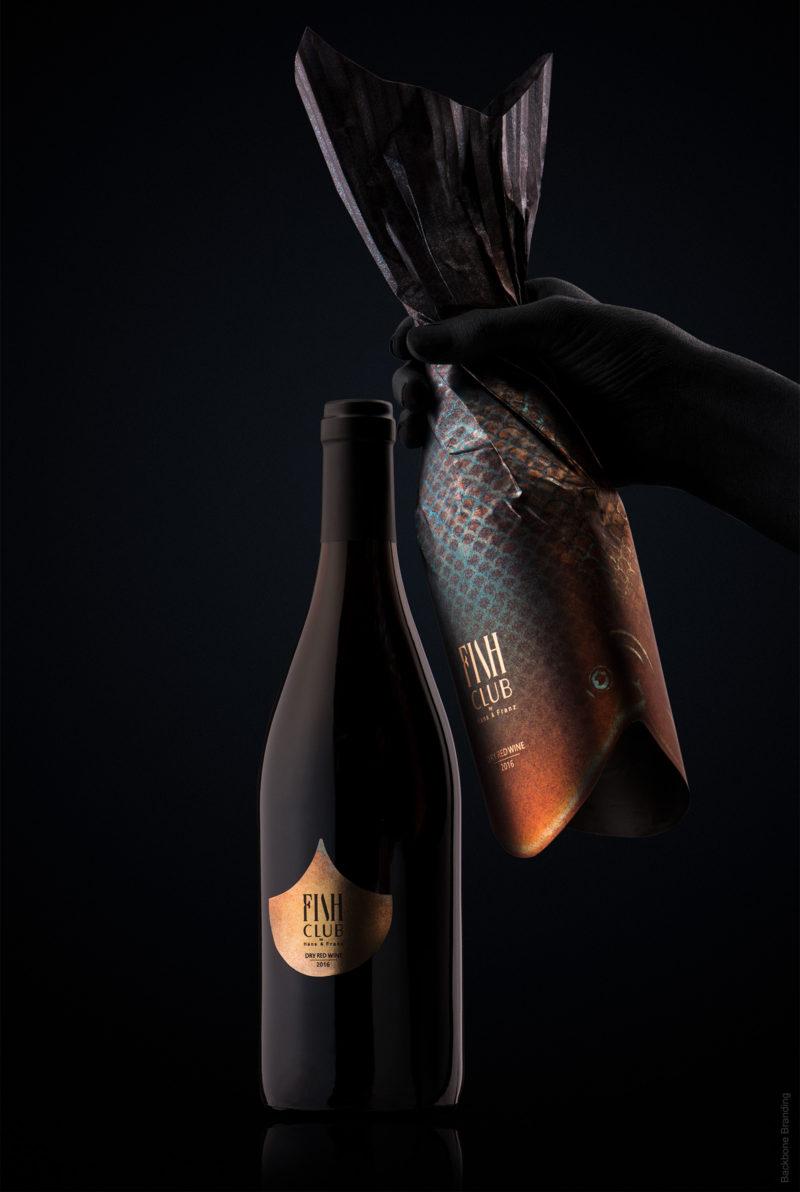Backbone firma un packaging para vinos simplemente genial