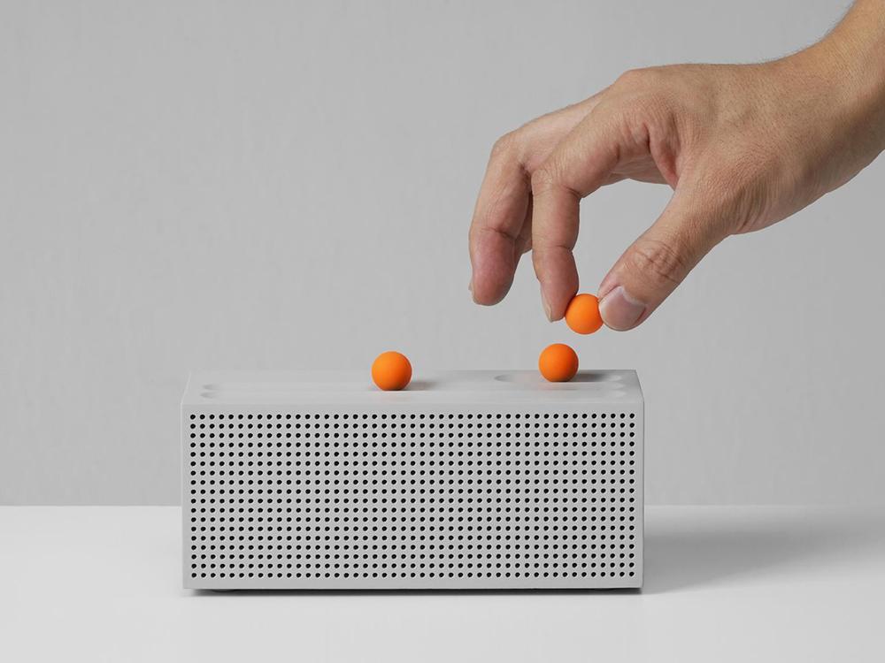 Ball, la radio análoga-digital de SFSO. Táctil, dúctil y divertida