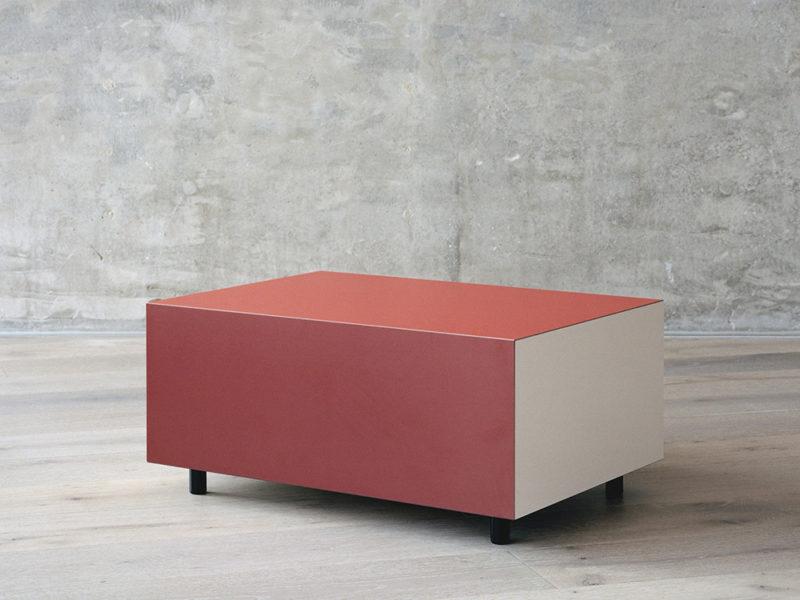 Bloc: los monolitos funcionales de Pauline Deltour. Color y precisión gala