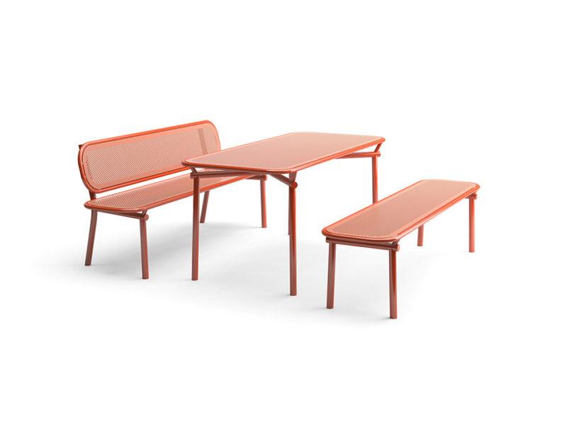 "El mobiliario de exterior ""pop"" de Kristine Five Melvær"
