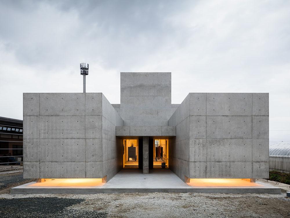 Tranquil House, la tranquilidad de cemento y hormigón de Kouichi Kimura