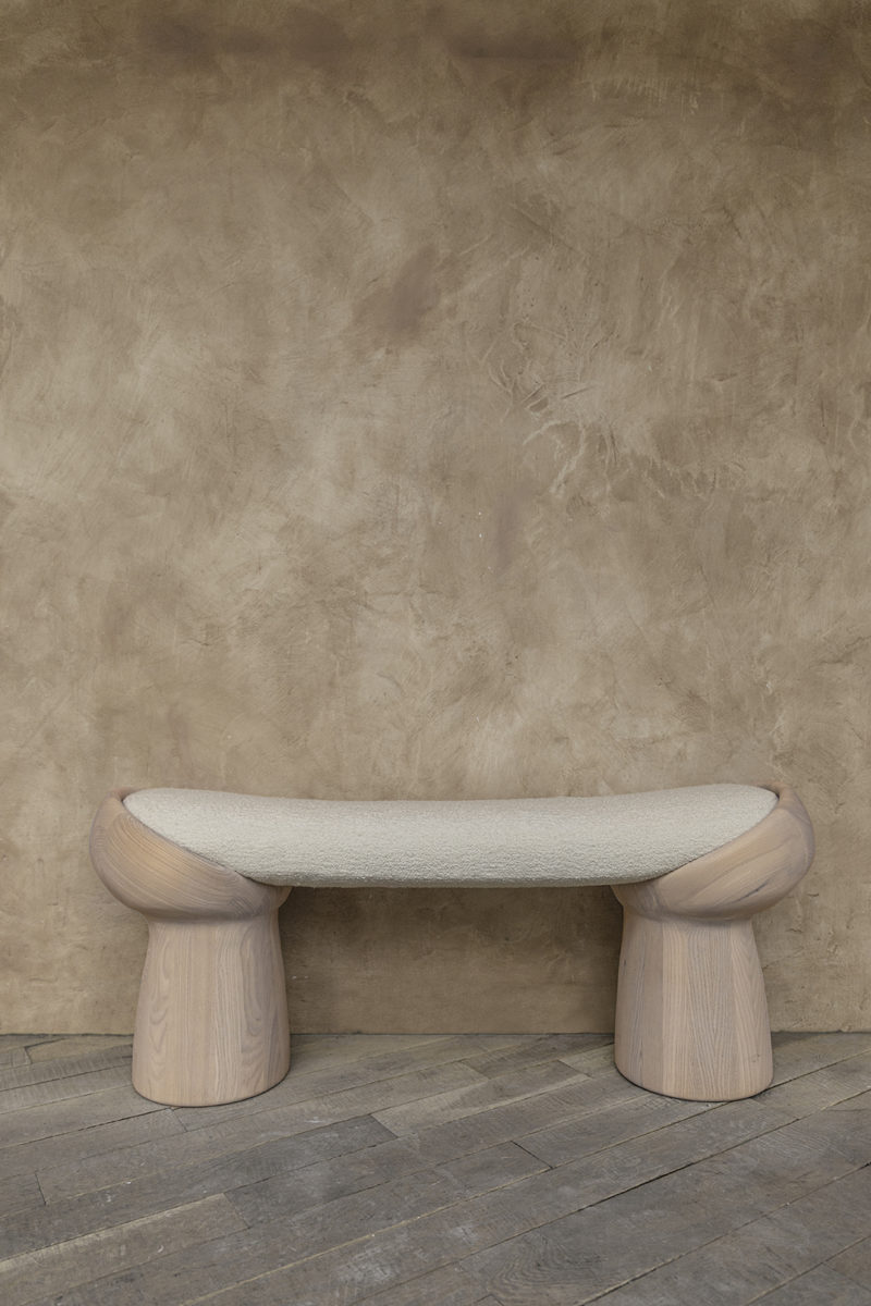 Following the Sun, luminarias y mobiliario de Yakusha Design. © Vova Klever