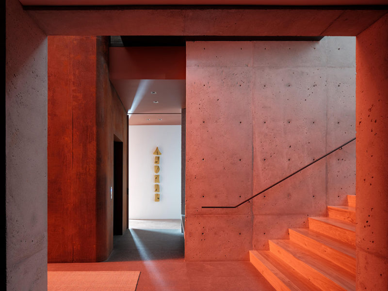 Lookout House: la casa volcánica de Faulkner Architects