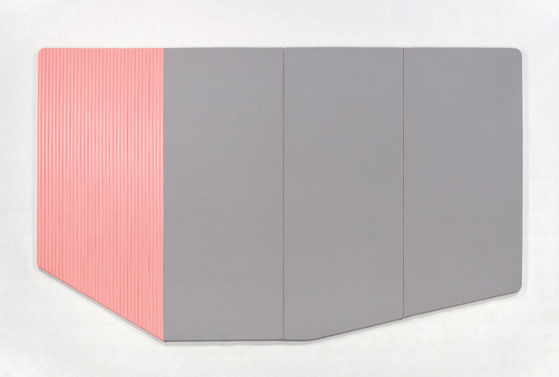 Rattan, color y asimetría en Insulaire, la colección de mobiliario de Numero 111