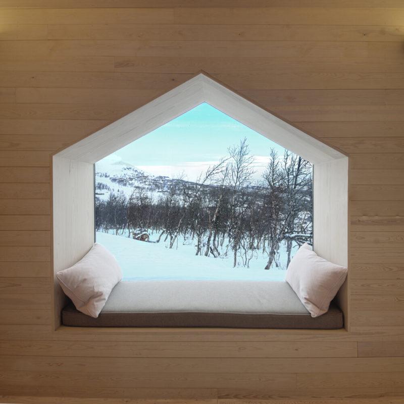 El refugio de montaña con vistas divididas de RRA