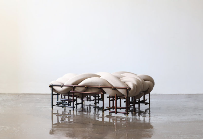 La colección de asientos tejidos de Aratani・Fay