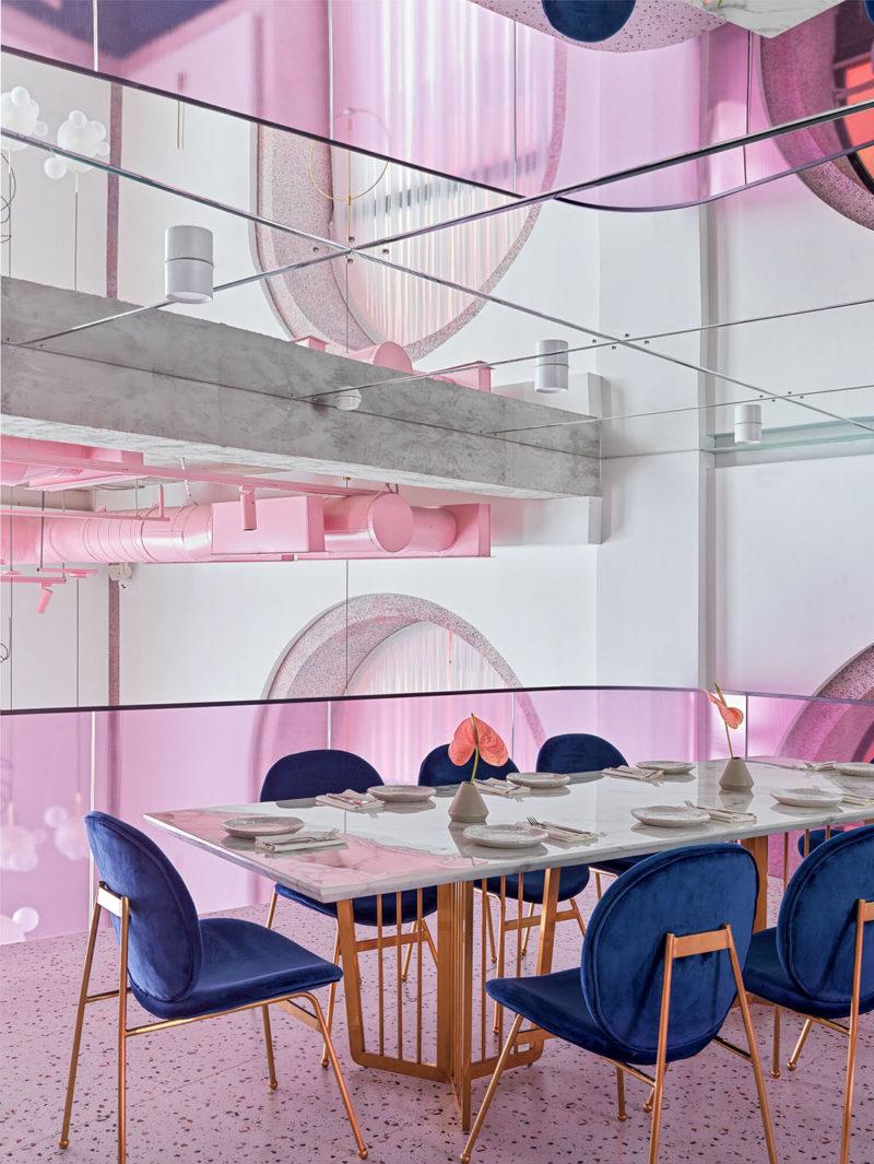 Lenz da vida a un restaurante francés en el corazon de Kazajistán