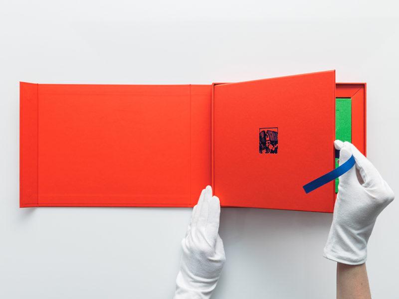 El brutal proyecto editorial de Kukugrafika dedicado a la obra de Sainer © Maciek Rukasz / Rafał Kołsut