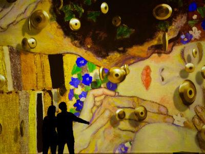 Klimt: una experiencia inmersiva en el Centro de Artes Digitales IDEAL