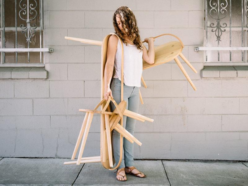 Los austeros asientos de Yvonne Mouser. Diseño californiano, producción amish