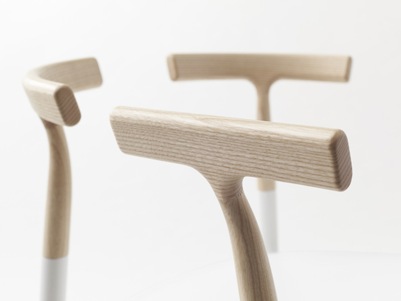 Twig, la colección de sillas incompletas de Nendo. Minimalismo de riesgo