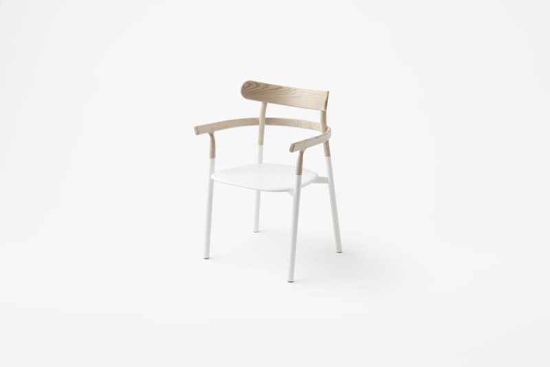 Twig, la silla incompleta de Nendo. Minimalismo nipón © Akihiro Yoshida