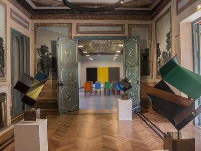 Cruz Novillo: dibujante, escultor y compositor. Imperdible muestra en el Palacio Quintanar