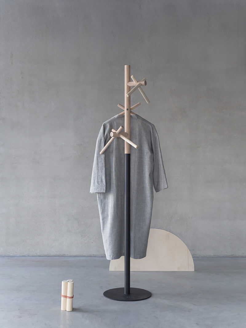 Oliver Kanniste presenta Coat. En busca de la perchero ideal