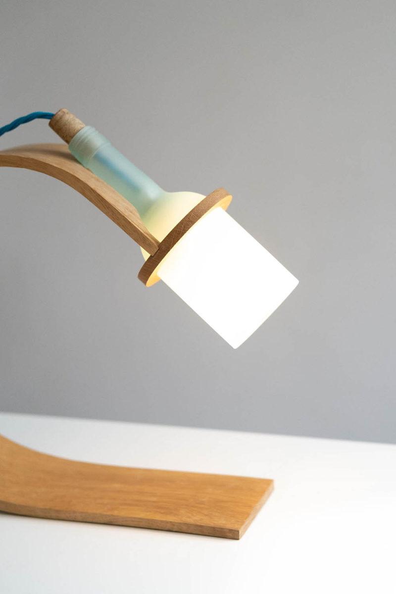 Quercus: reciclar o morir. Una lámpara de Maxwell Ashford