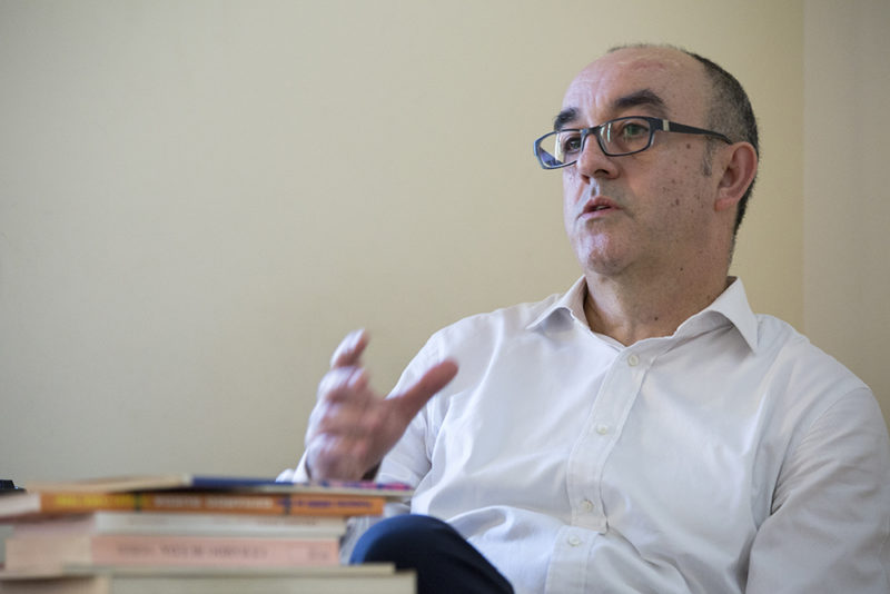Cruz Novillo a debate en el Palacio Quintanar de Segovia