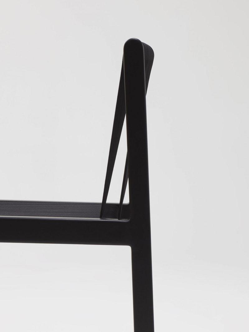 Filo, la silla encordada de los hermanos Bouroullec