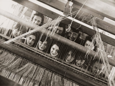 Here We Are! Las mujeres en el diseño desde 1900 hasta la actualidad