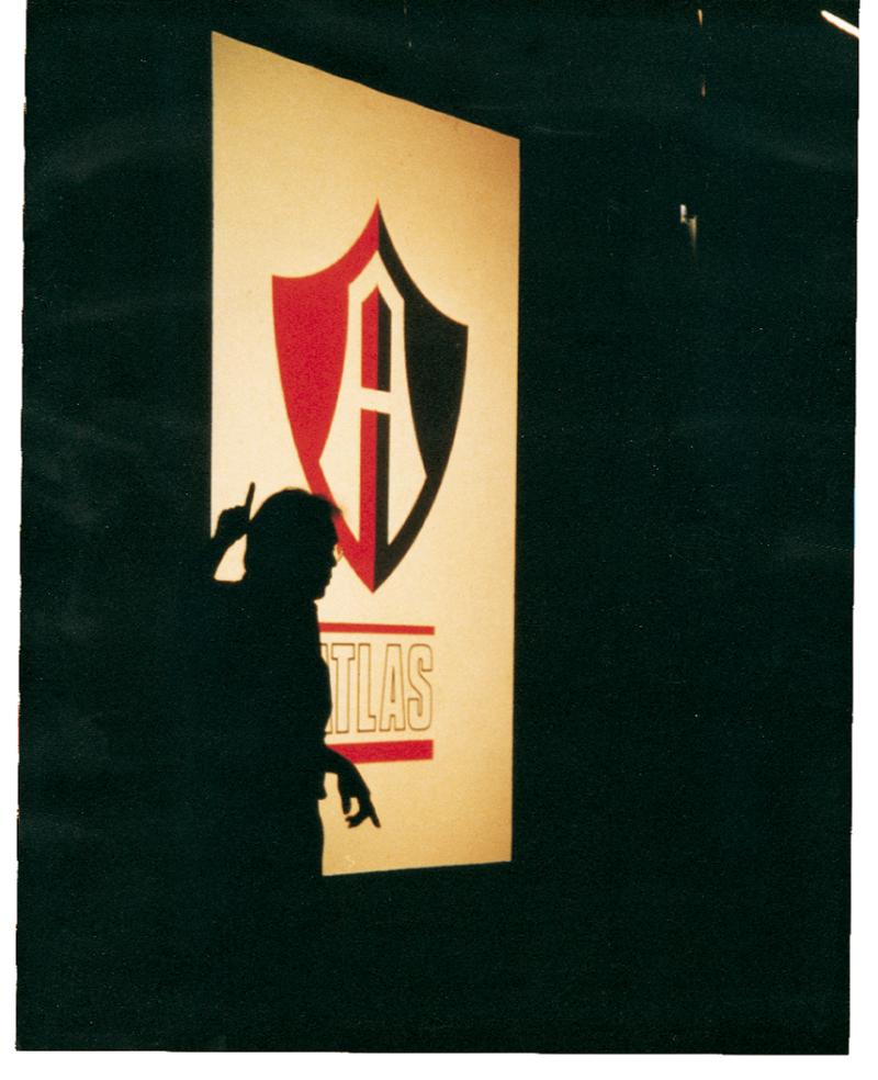 Maestros del Diseño en America Latina: Felipe Covarrubias (México)