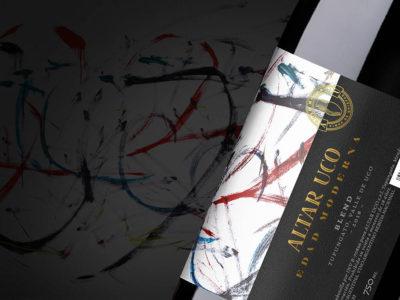 Julia Godoy Steindl y Nano Alfonsín firman Edad Moderna. Una identidad con bouquet