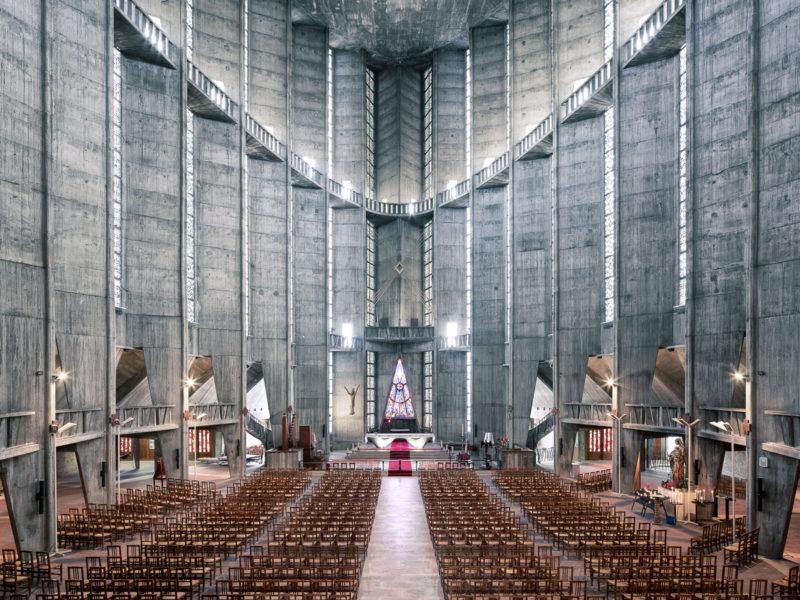 Thibaud Poirier retrata la arquitectura de culto en Sacred Spaces